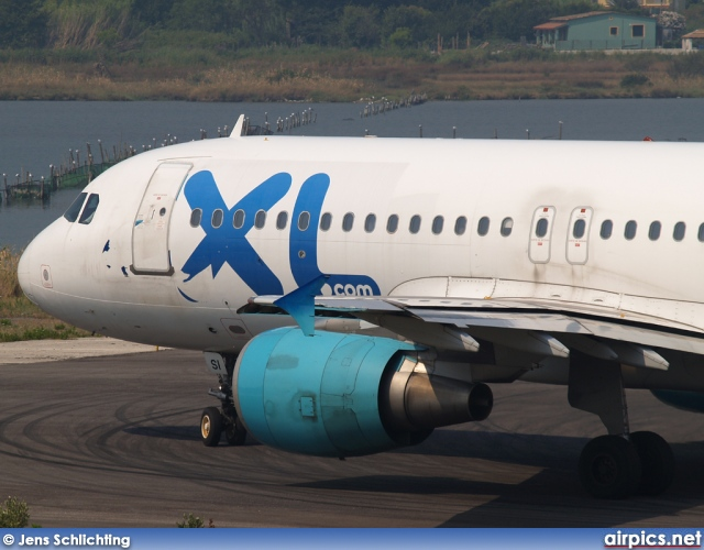 F-GRSI, Airbus A320-200, XL Airways France