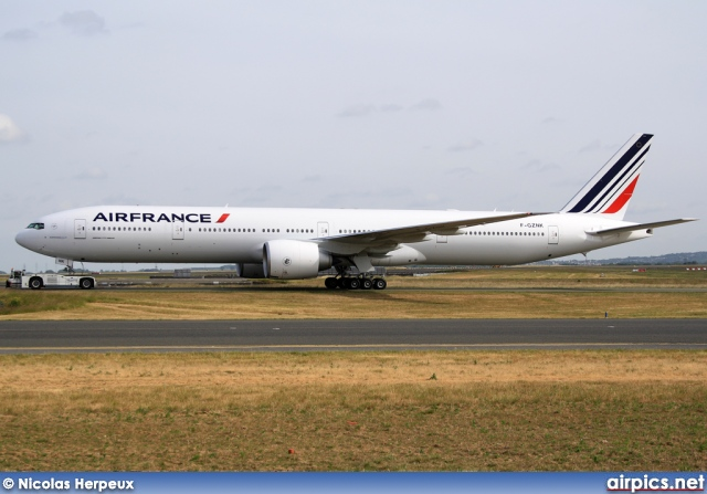 F gznk boeing 777 300er air france for Boeing 777 air france interieur