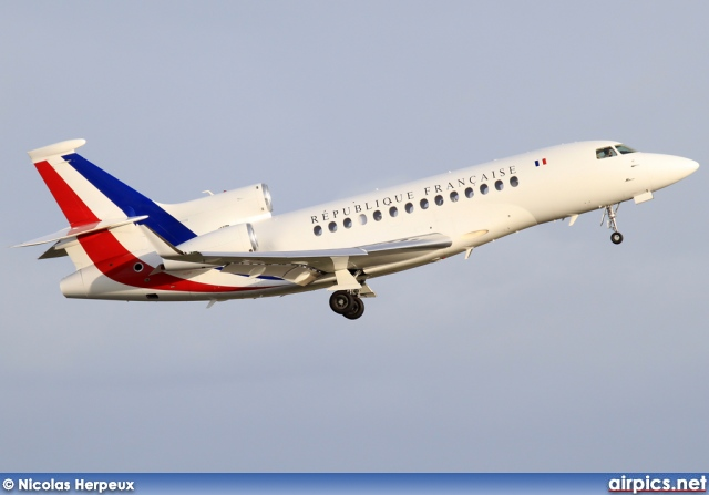 f rafb dassault falcon 7x french air force. Black Bedroom Furniture Sets. Home Design Ideas