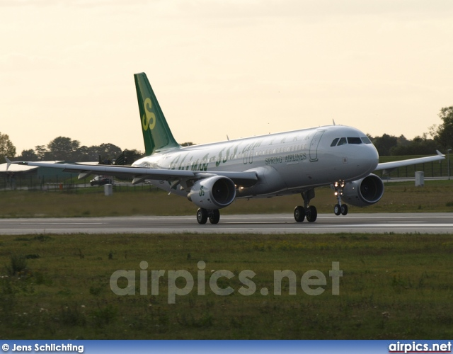 F-WWBW, Airbus A320-200, Spring Airline