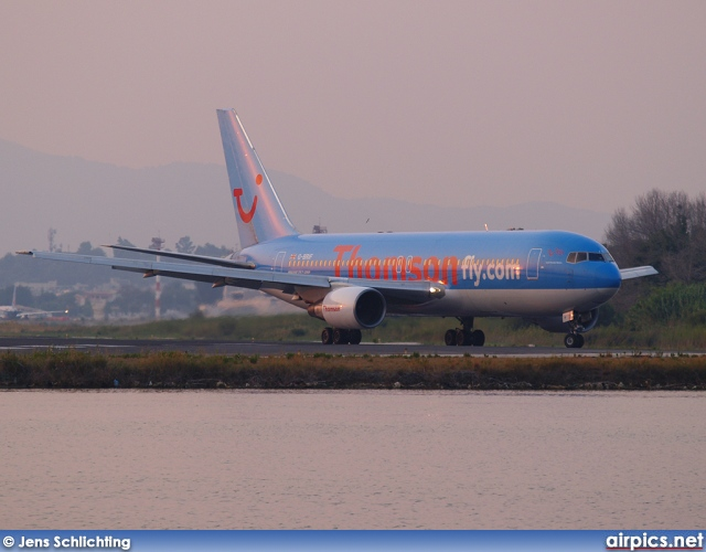 G-BRIF, Boeing 767-200ER, Thomson Airways
