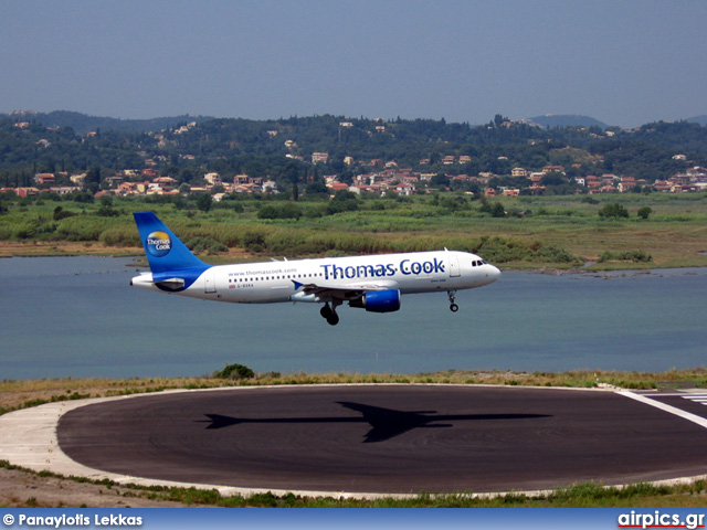 G-BXKA, Airbus A320-200, Thomas Cook Airlines