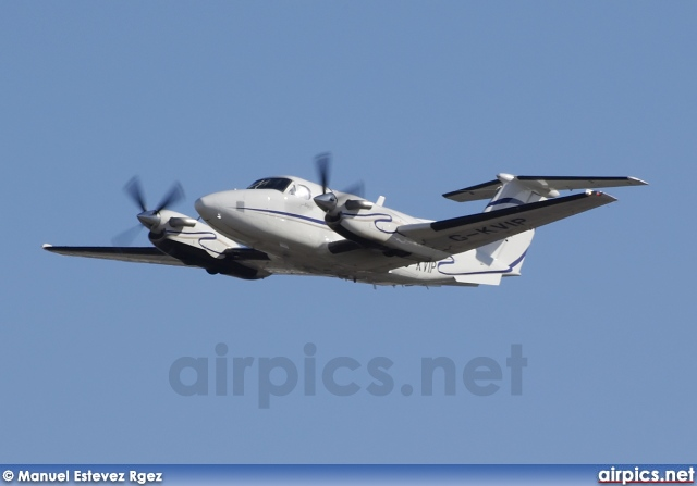 G-KVIP, Beechcraft 200 Super King Air, Private Wings