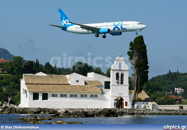 G-XLAD, Boeing 737-800, XL Airways