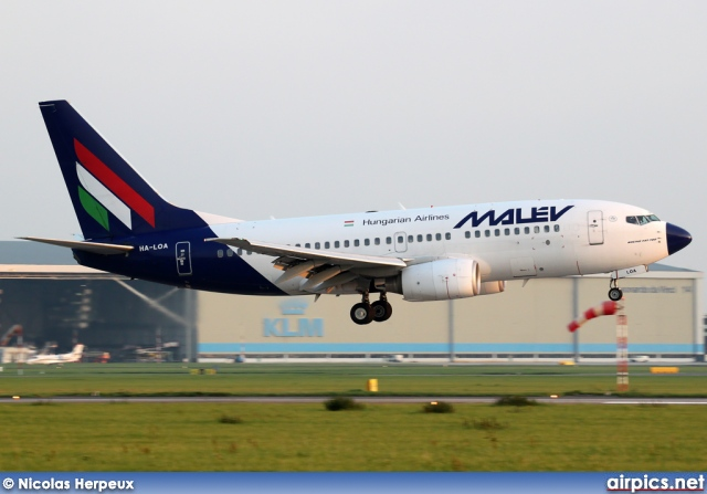 HA-LOA, Boeing 737-700, MALEV Hungarian Airlines