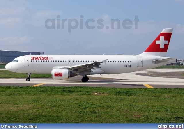HB-IJD, Airbus A320-200, Swiss International Air Lines