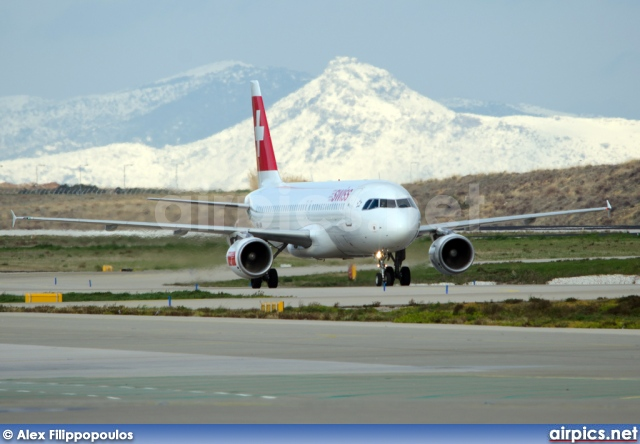 HB-IJN, Airbus A320-200, Swiss International Air Lines