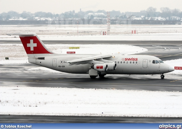 HB-IXR, British Aerospace Avro RJ100, Swiss International Air Lines