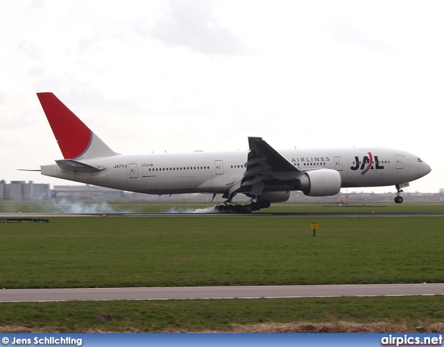 JA711J, Boeing 777-200ER, Japan Airlines