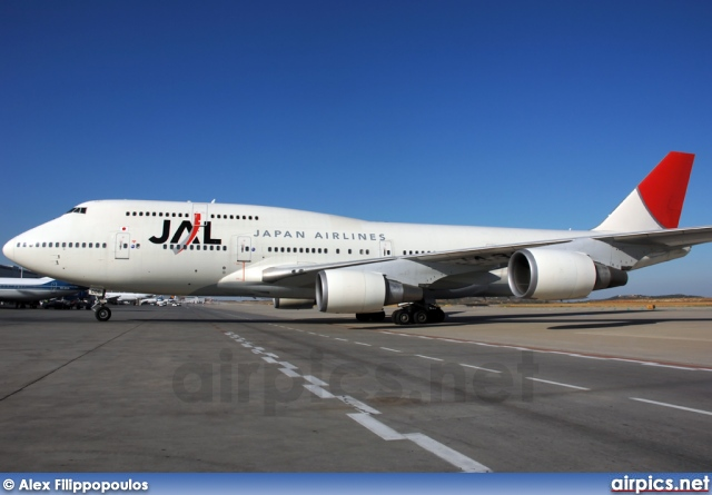 JA8086, Boeing 747-400, Japan Airlines