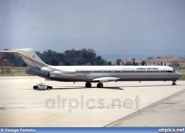 KAF26, McDonnell Douglas MD-83, Kuwait Air Force