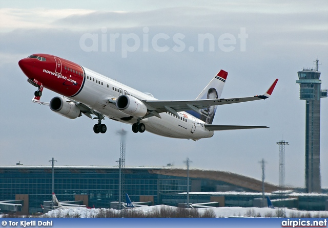 LN-DYC, Boeing 737-800, Norwegian Air Shuttle