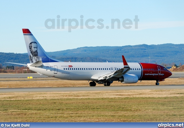 LN-DYI, Boeing 737-800, Norwegian Air Shuttle