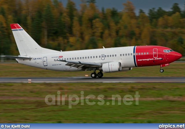 LN-KKC, Boeing 737-300, Norwegian Air Shuttle