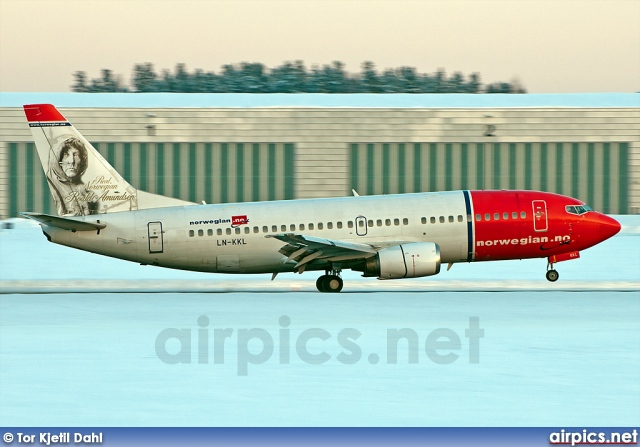 LN-KKL, Boeing 737-300, Norwegian Air Shuttle