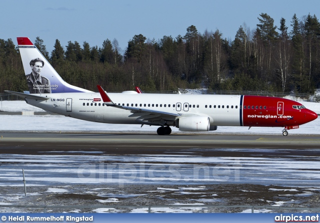 LN-NGG, Boeing 737-800, Norwegian Air Shuttle
