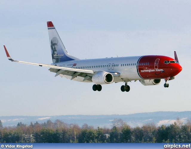 LN-NOQ, Boeing 737-800, Norwegian Air Shuttle