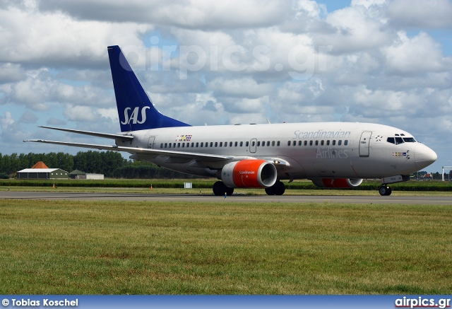 LN-RRN, Boeing 737-700, Scandinavian Airlines System (SAS)