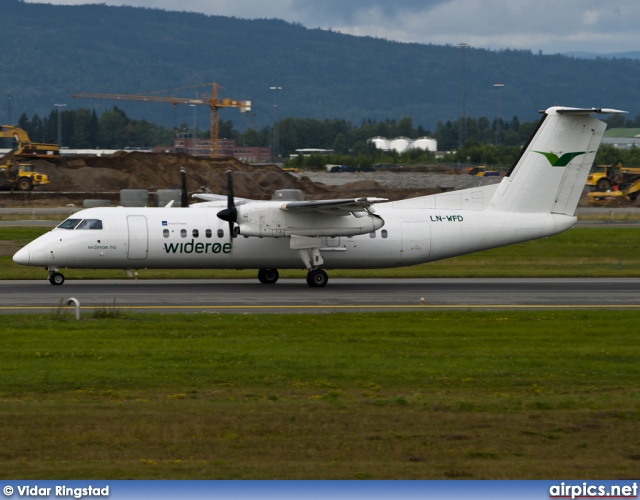 LN-WFD, De Havilland Canada DHC-8-300 Dash 8, Wideroe