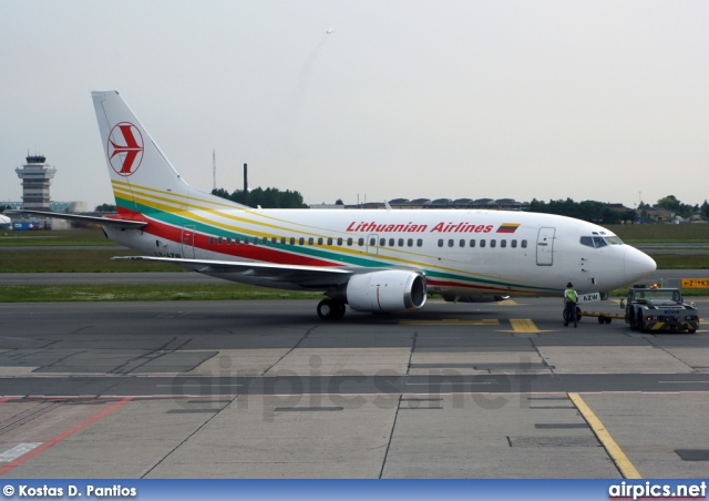 LY-AZW, Boeing 737-500, Lithuanian Airlines