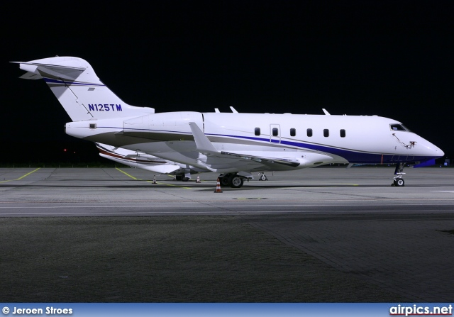 N125TM, Bombardier Challenger 300BD-100, Private