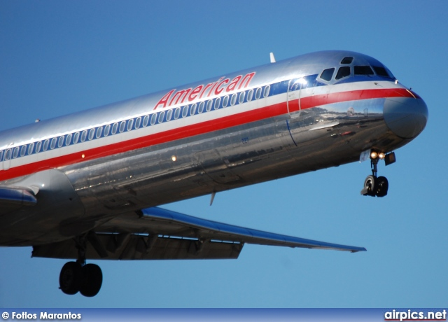N227AA, McDonnell Douglas MD-82, American Airlines