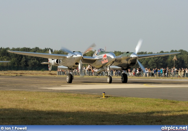 N25Y, Lockheed P-38L Lightning, Private