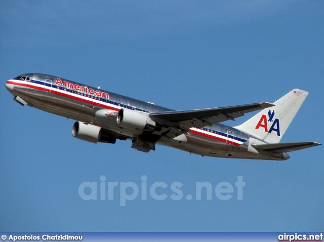 airpics.net - N321AA, Boeing 767-200ER, American Airlines ...