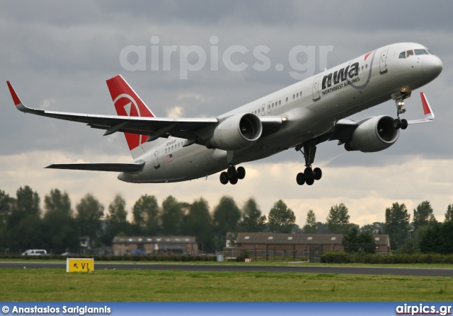 N545US, Boeing 757-200, Northwest Airlines
