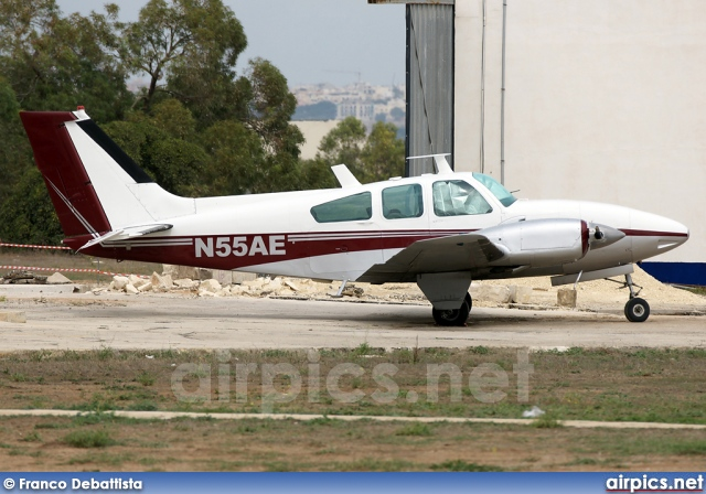 N55AE, Beech 95-C55 Baron, Private