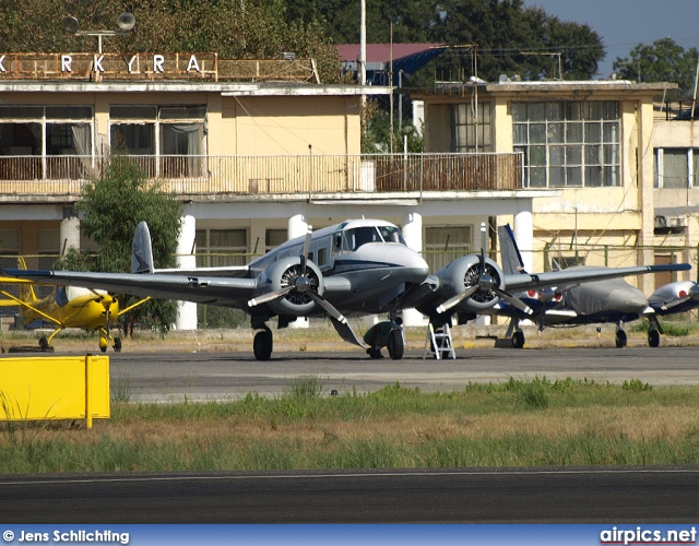 N663TB, Beech H-18, Private