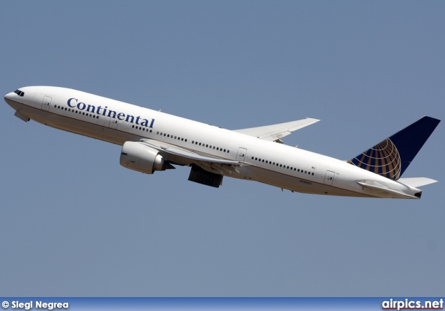 N78003, Boeing 777-200ER, Continental Airlines