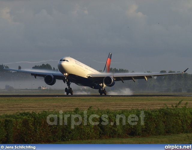 N801NW, Airbus A330-300, Delta Air Lines
