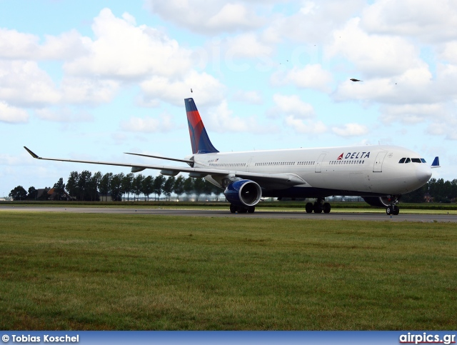 N803NW, Airbus A330-200, Delta Air Lines