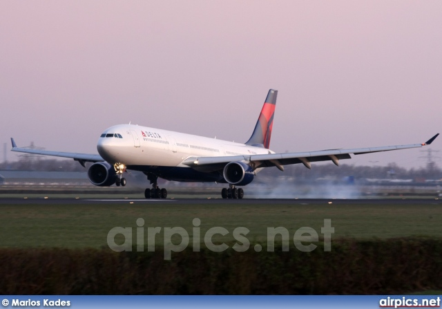 N805NW, Airbus A330-300, Delta Air Lines