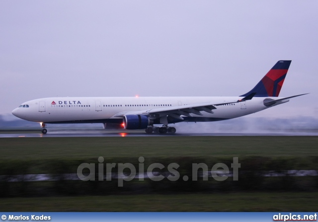 N806NW, Airbus A330-300, Delta Air Lines