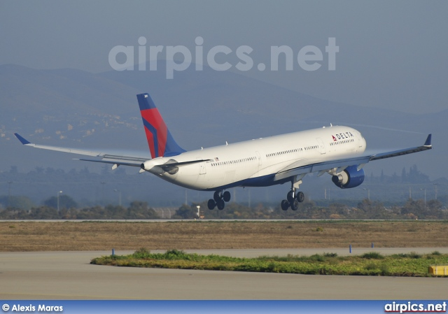 N811NW, Airbus A330-300, Delta Air Lines