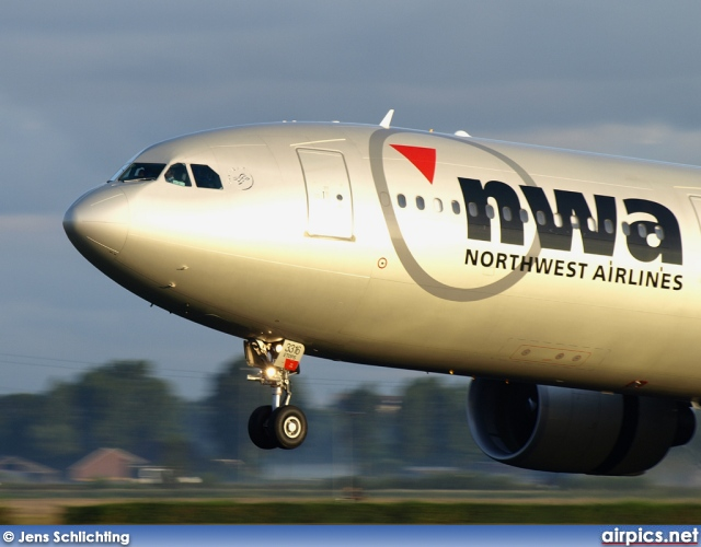 N816NW, Airbus A330-300, Northwest Airlines