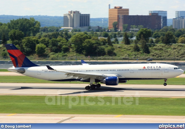 N820NW, Airbus A330-300, Delta Air Lines