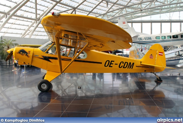 OE-CDM, Piper PA-18 150 Super Cub, Flying Bulls