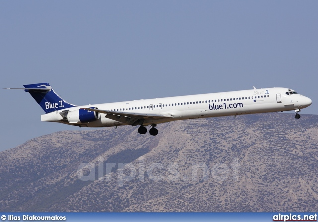 OH-BLD, McDonnell Douglas MD-90-30, Blue1