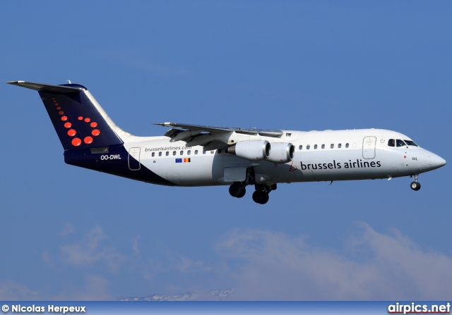 OO-DWL, British Aerospace Avro RJ100, Brussels Airlines
