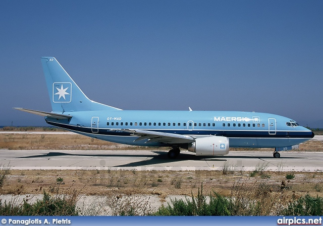 OY-MAD, Boeing 737-500, Maersk Air