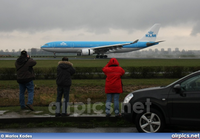 PH-AOB, Airbus A330-200, KLM Royal Dutch Airlines