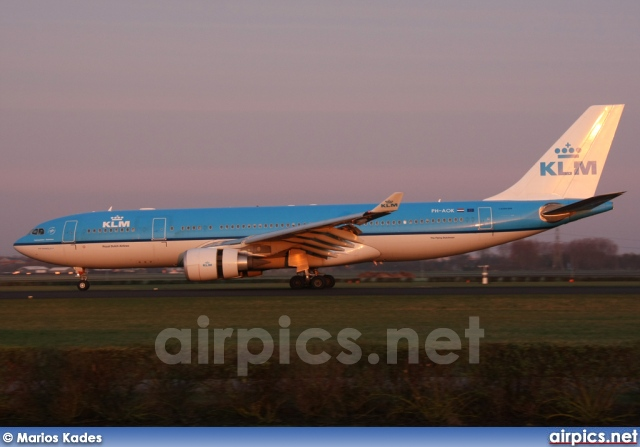 PH-AOK, Airbus A330-200, KLM Royal Dutch Airlines