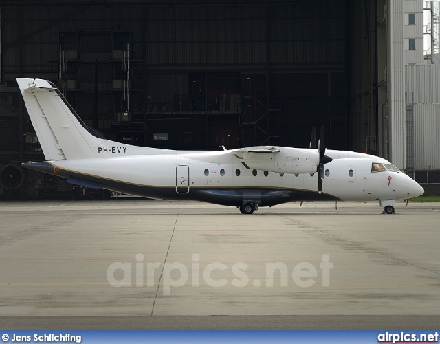PH-EVY, Dornier  328-110, Untitled