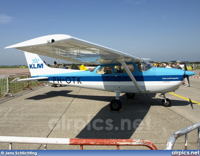 PH-OTK, Cessna 172N Skyhawk, KLM Royal Dutch Airlines