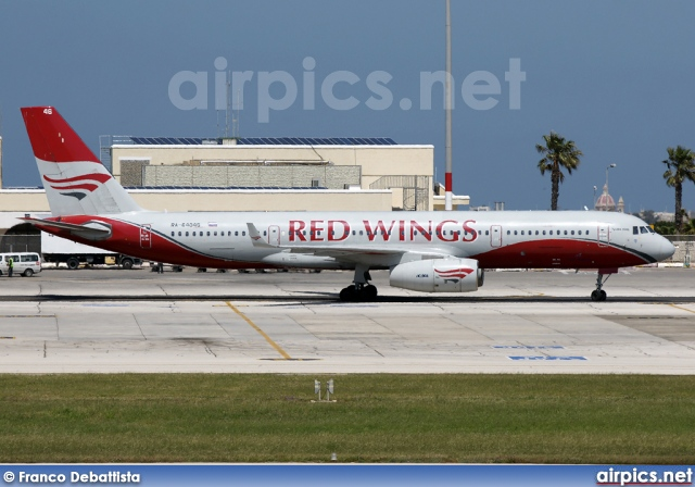 RA-64046, Tupolev Tu-204-100, Red Wings Airlines