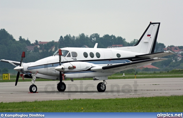 S5-CMO, Beechcraft C90B King Air, Private