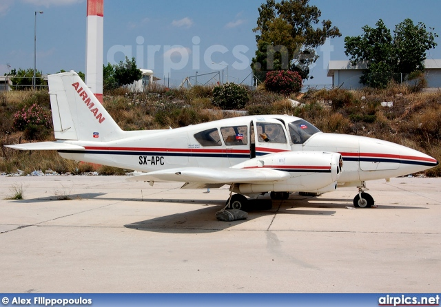 SX-APC, Piper PA-23-250 B Aztec, Aviator Airways